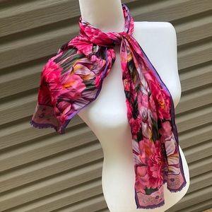 Oscar de la renta silk scarf floral